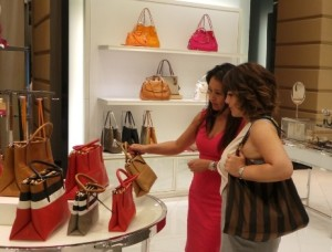 Personal Shopping in Dubai, UAE, Middle East, Image Consultant Training, Personal Stylist, Wardrobe Consultant, Closet Makeover, Asesoria de Imagen, Miami